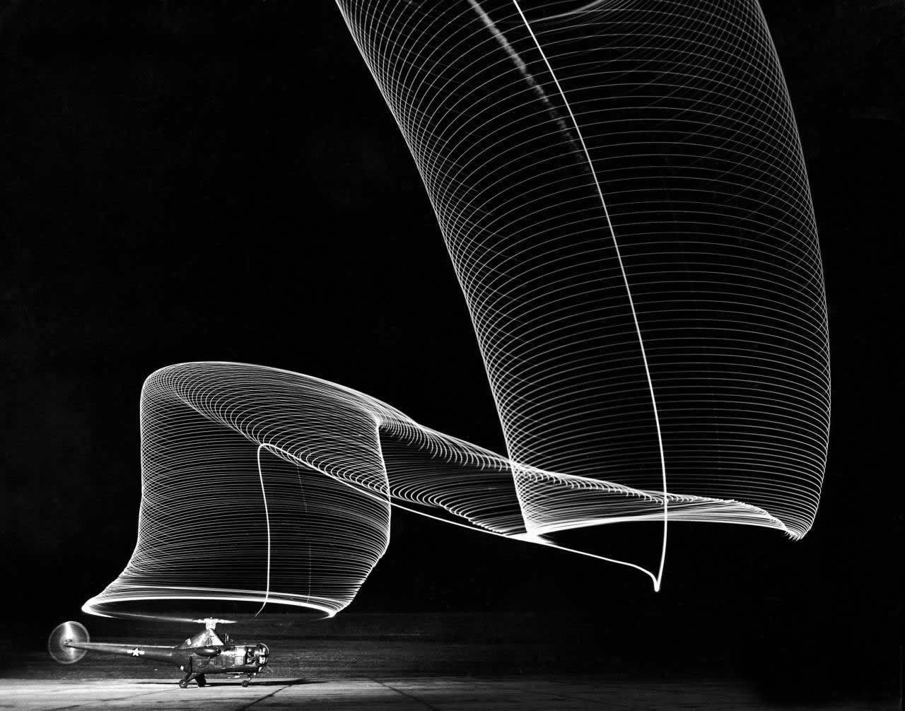 thumb-Andreas-Feininger-Nighttime-Long-Exposures-of-Rotating-Helicopter-Blades-1949-Andreas-Feininger-.-Nighttime-Long-Exposures-of-Rotating-Helicopter-Blades-.-1949.jpg